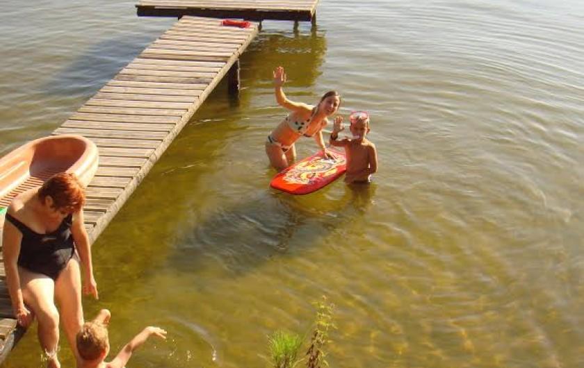 Location de vacances - Chalet à Parentis-en-Born - ponton