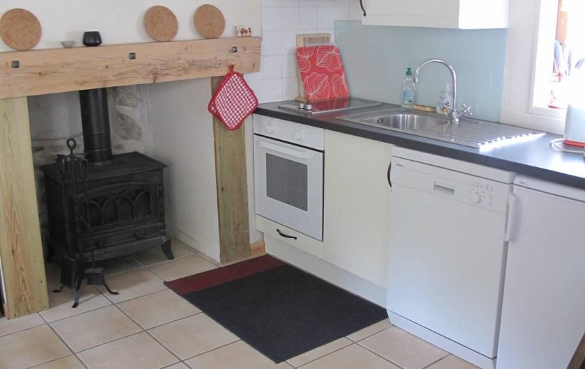 Location de vacances - Gîte à Bagnères-de-Bigorre - Rez de chaussé - coin cuisine