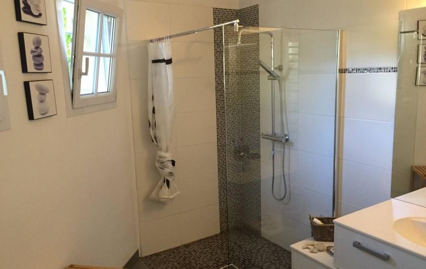 Location de vacances - Villa à Alès - Salle de douche