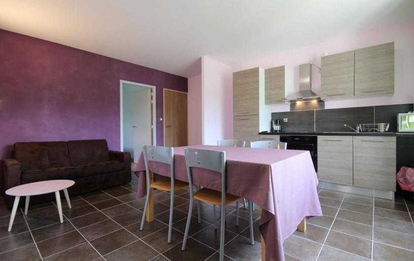 Location de vacances - Gîte à Châtillon-en-Bazois - Salon / cuisine appartement 3