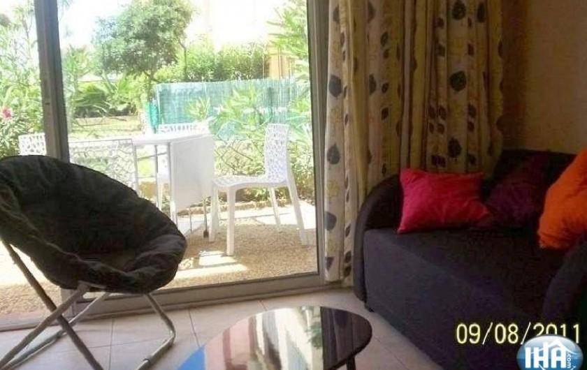 Location de vacances - Studio à Gruissan - coin sofa