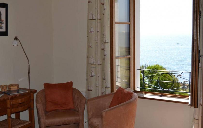 Location de vacances - Villa à Névez - Vue mer depuis la chambre