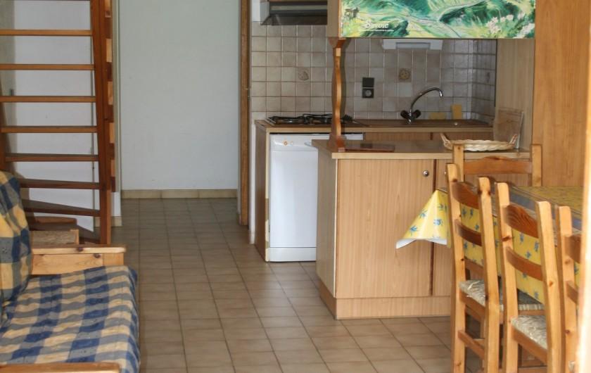 Location de vacances - Appartement à Peisey-Nancroix - Séjour/cuisine