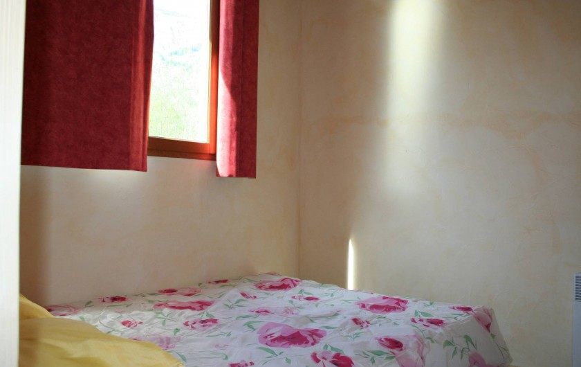 Location de vacances - Chalet à Les Deux Alpes - Les chalets de La Cascade - une chambre