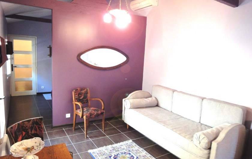 """Location de vacances - Chambre d'hôtes à Marseille - """"le studio"""" gîte dans la maison d'hôtes la petite calanque"""