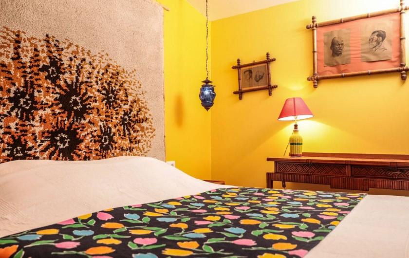 """Location de vacances - Chambre d'hôtes à Marseille - """"La petite chambre"""" dans notre maison d'hôte à Marseille"""