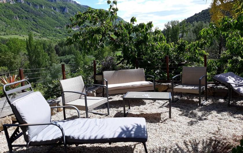 Location de vacances - Gîte à La Cresse - Le salon  de jardin