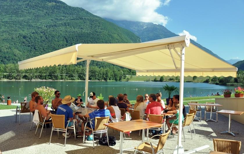 Location de vacances - Chalet à Saint-Georges-d'Hurtières - La terrasse du Café Gourmand