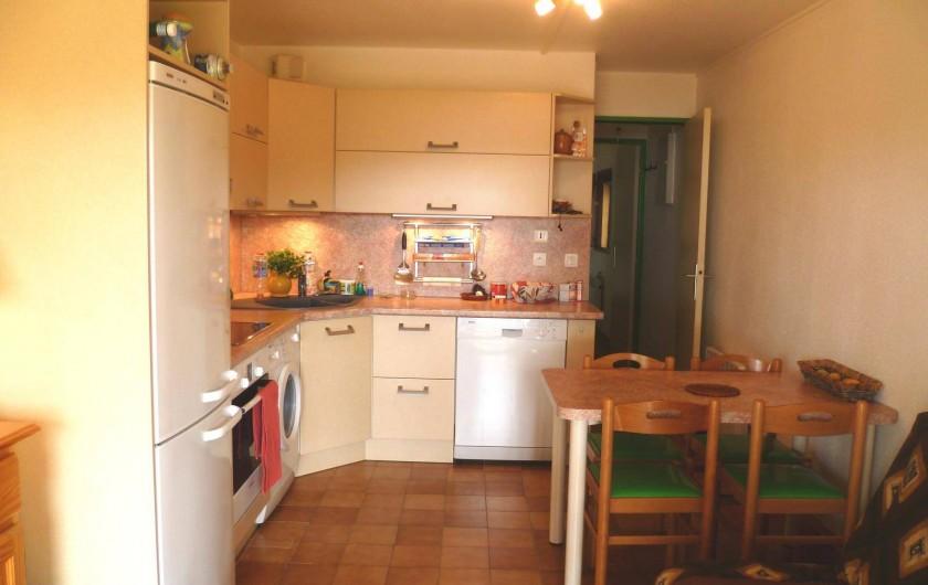 Location de vacances - Appartement à La Croix-Valmer - Coin repas