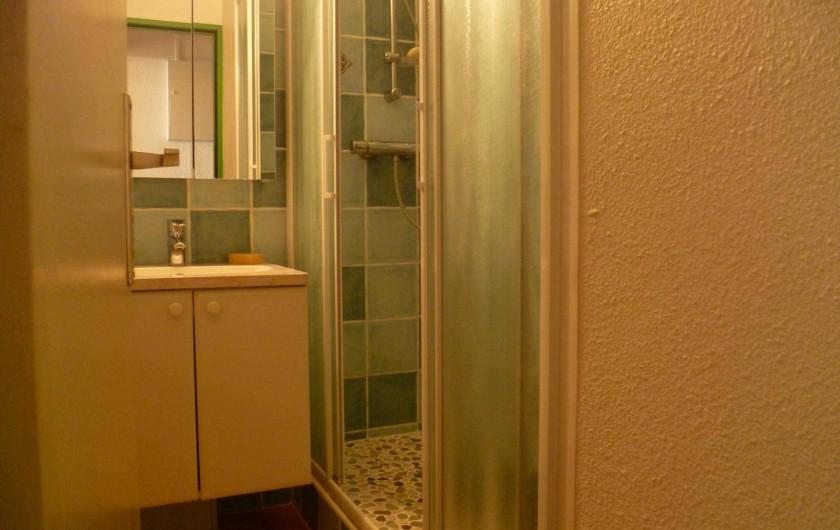 Location de vacances - Appartement à La Croix-Valmer - Salle d'eau