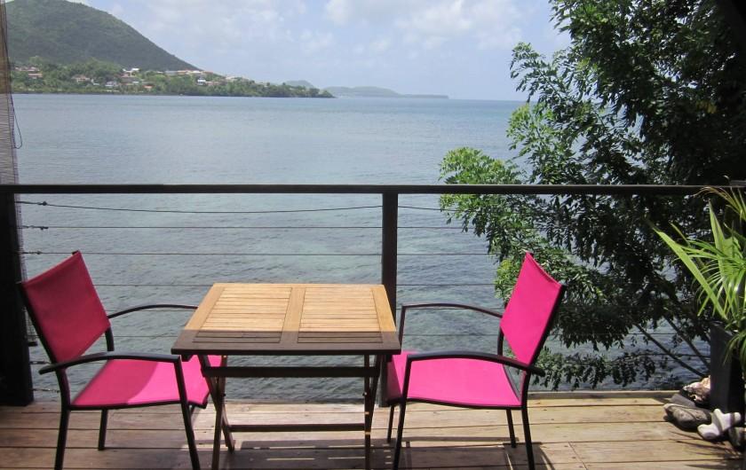 Location de vacances - Studio à Sainte-Luce - terrasse face à la mer