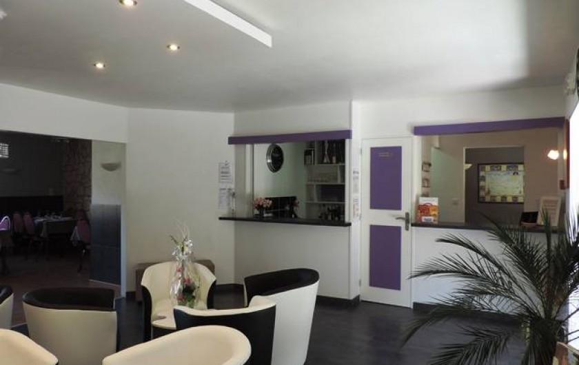 Location de vacances - Hôtel - Auberge à Saint-Paul-de-Fenouillet - l'accueil