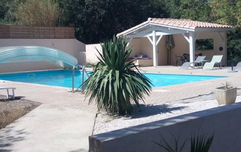 Location de vacances - Hôtel - Auberge à Saint-Paul-de-Fenouillet - la piscine