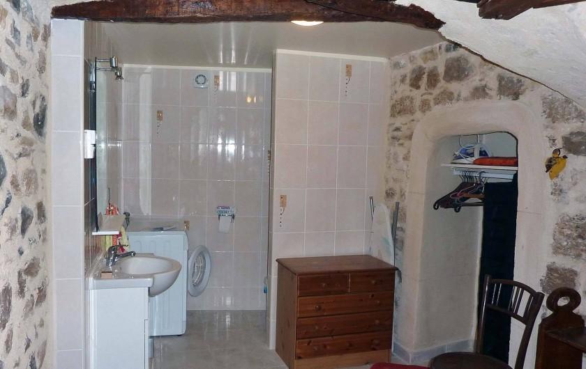 Location de vacances - Appartement à Fontès - Buanderie WC