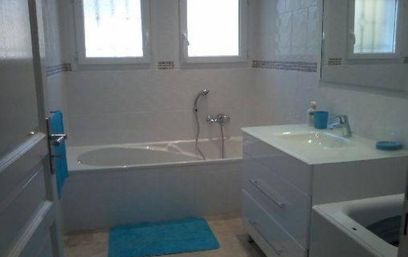 Location de vacances - Villa à Le Tignet - Salle de bain