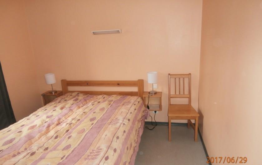 Location de vacances - Chalet à Saint-Geniez-d'Olt - chambre 1