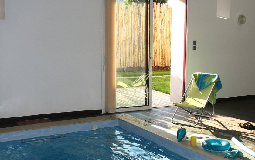 Location de vacances - Gîte à Les Clouzeaux - Piscine intérieure chauffée à l'année