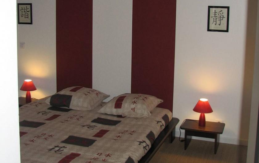 Location de vacances - Gîte à Les Clouzeaux - Lit 160 x 200 cm avec accès salle de bain