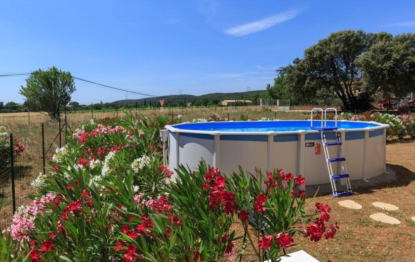 Location de vacances - Villa à Argilliers - piscine