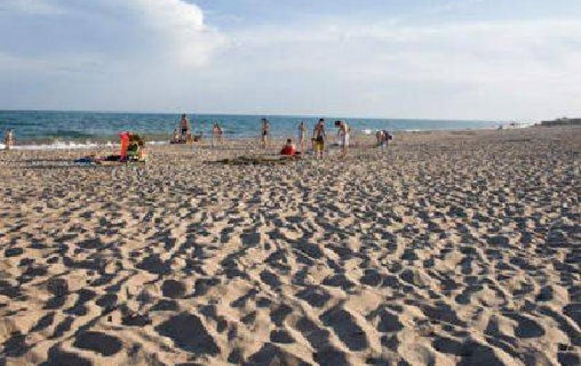 Location de vacances - Camping à Vias - Plage de la Farinette