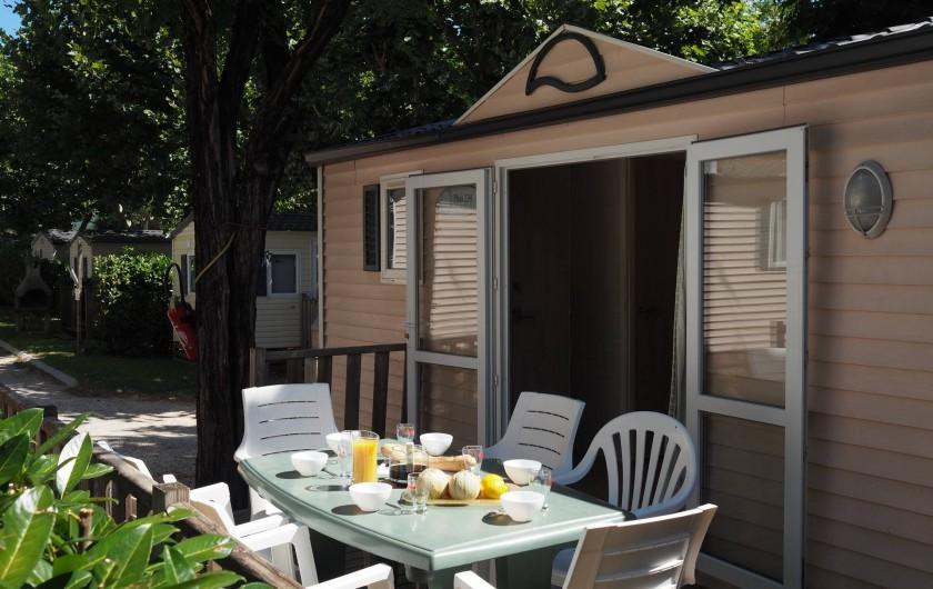 Location de vacances - Bungalow - Mobilhome à Salavas - Mobil-home 4-6 personnes O'hara grand confort