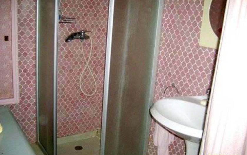 Location de vacances - Villa à Puget - salle d'eau