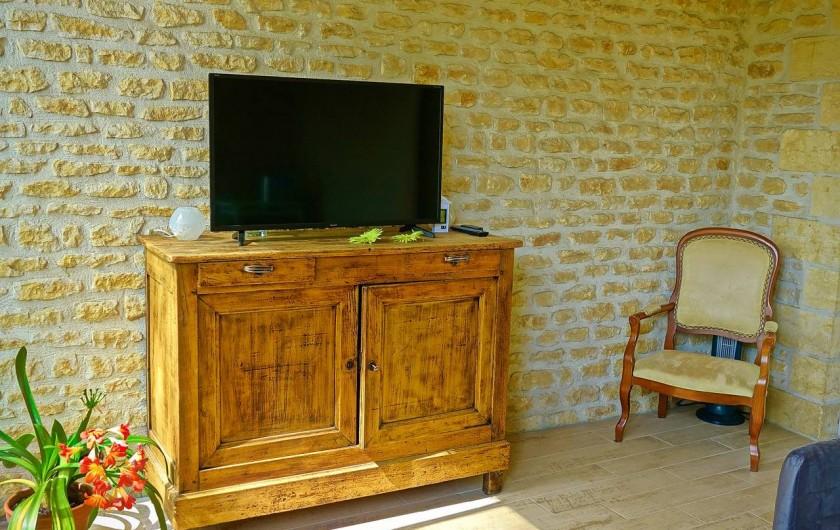 Location de vacances - Maison - Villa à Sarlat-la-Canéda - Salon de détente des chambres d'hôtes
