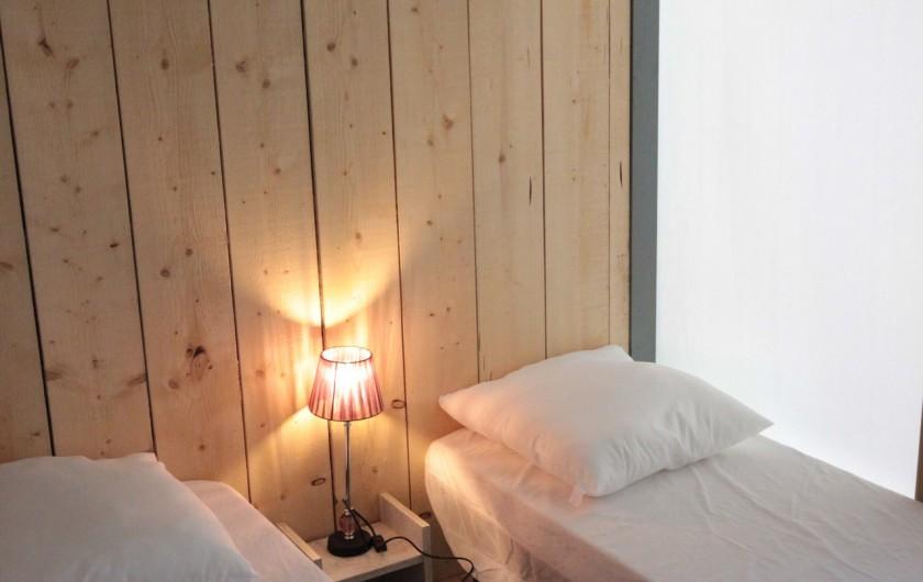 Location de vacances - Bungalow - Mobilhome à La Garette - Chalet toilé 60m2 6/8 personnes (chambre 2 lits simples)