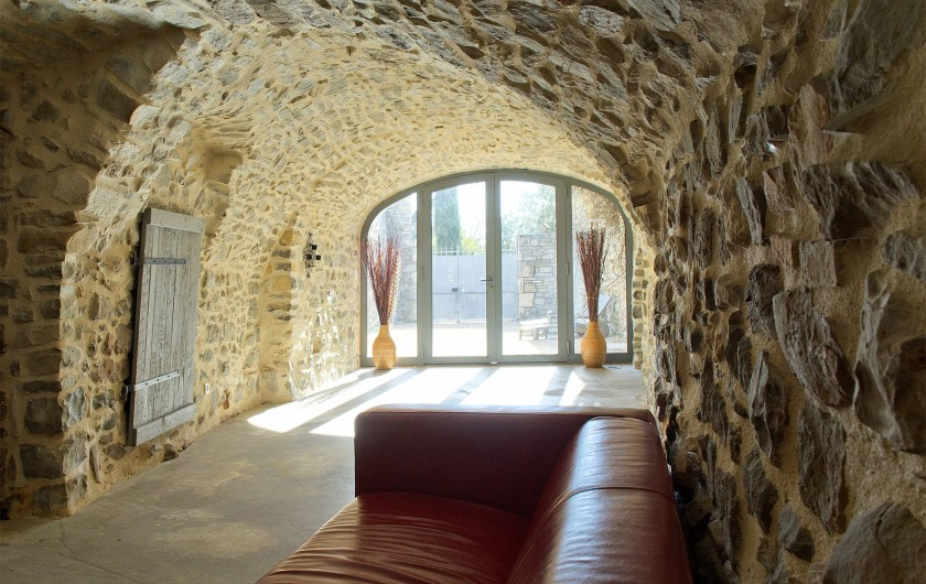 Location de vacances - Mas à Bouquet - Le grand salon avec coin télévision
