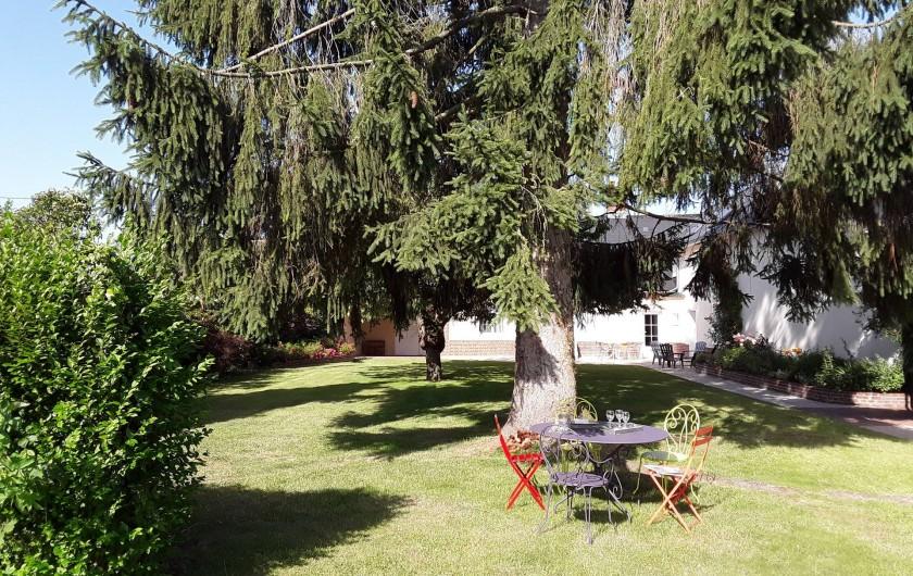 Location de vacances - Gîte à Beaudéduit - Extérieur maison de vacances.