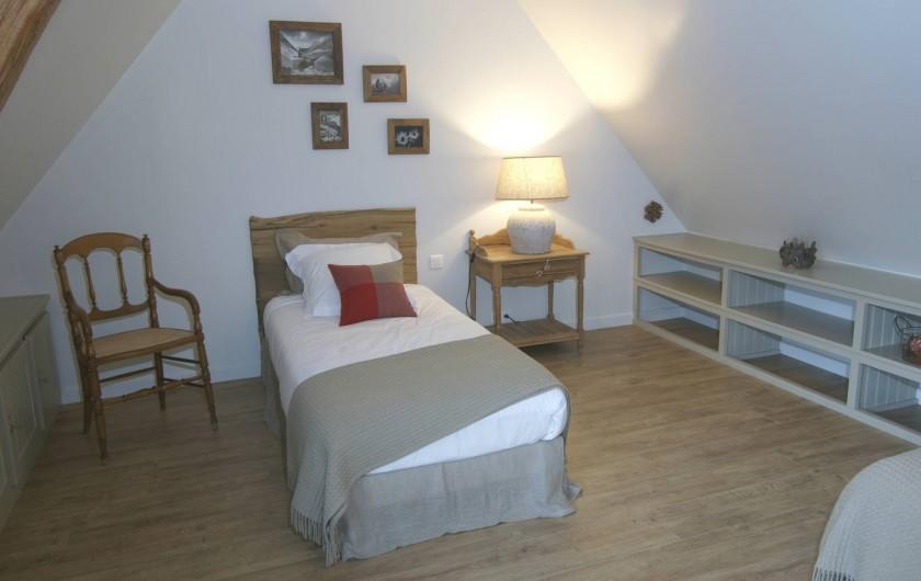 Location de vacances - Gîte à Beaudéduit - Chambre, étage. Ambiance montagne