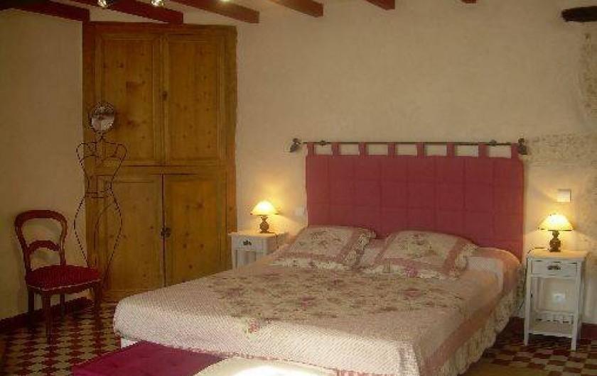Location de vacances - Gîte à Castéra-Verduzan - chambre  rez-de-chaussée de 20 m2 lit de 160