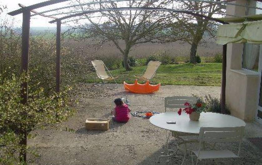 Location de vacances - Gîte à Castéra-Verduzan - terrasse SUD-EST
