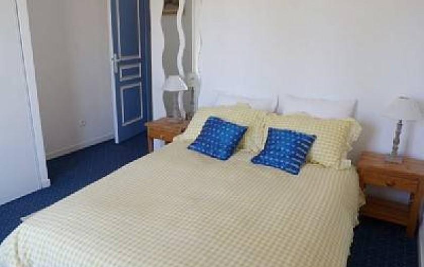 Location de vacances - Chambre d'hôtes à Gabian - Chambre Mimosa avec terrasse privee