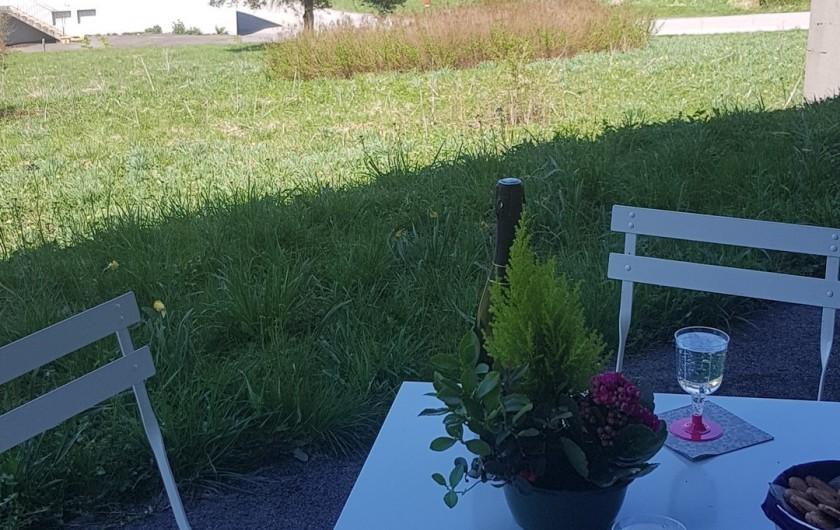 Location de vacances - Appartement à Xonrupt-Longemer - Terrasse avec vue panoramique sur la vallée