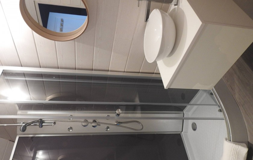 Location de vacances - Maison - Villa à Tour-en-Sologne - Salle d'eau chambre verte