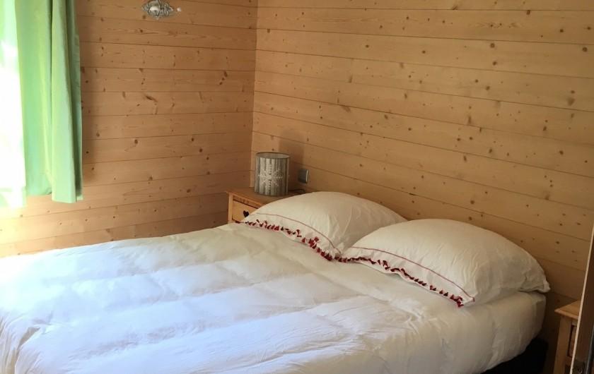 Location de vacances - Chalet à Les Contamines-Montjoie - Les 3 chambres identiques en bas