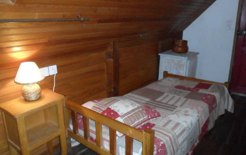 """Location de vacances - Gîte à Saint-Pierre-de-Nogaret - Chambre """"Les Boraldes"""""""