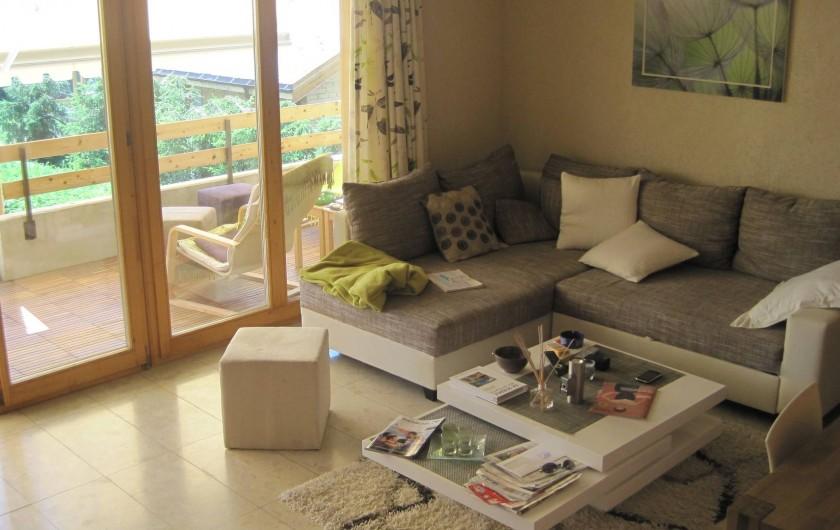 Location de vacances - Chalet à Crans-Montana - Coin salon ( avec canapé lit 2 places)