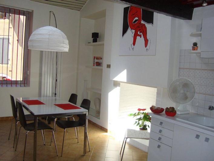 Location de vacances - Maison - Villa à Cahors - cuisine et coin repas
