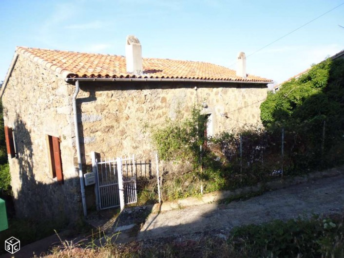 Location de vacances - Maison - Villa à Évisa - vue côté accès