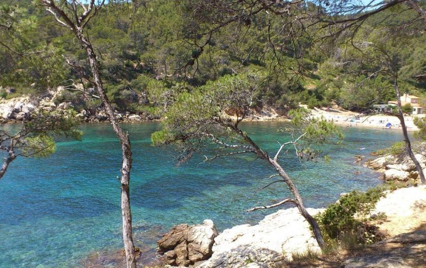 Location de vacances - Appartement à Évenos - calanque naturelle de port d'alon à saint cyr sur mer