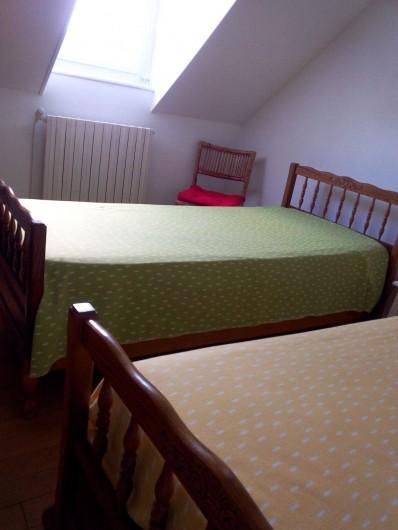 Location de vacances - Maison - Villa à Kersaint - Deux lits jumeaux dans la chambre N°2