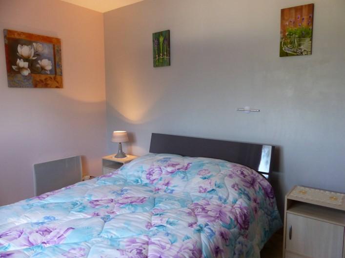 Location de vacances - Villa à Uzès - la chambre rose, avec très bonne literie
