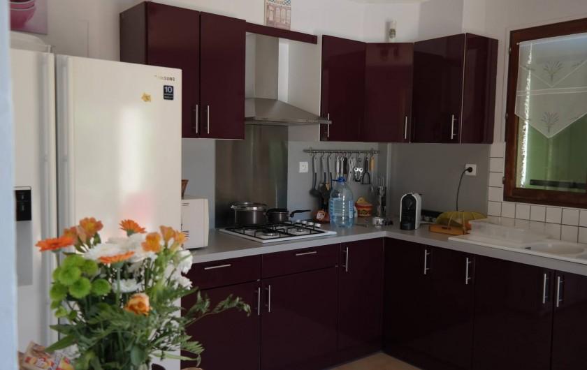 Location de vacances - Villa à Uzès - cuisine trés bien équipée