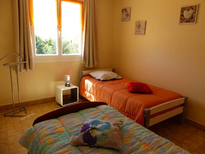 Location de vacances - Villa à Uzès - la chambre orange