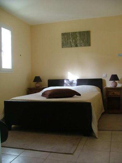 Location de vacances - Chalet à Petreto-Bicchisano - Chambre St Petru
