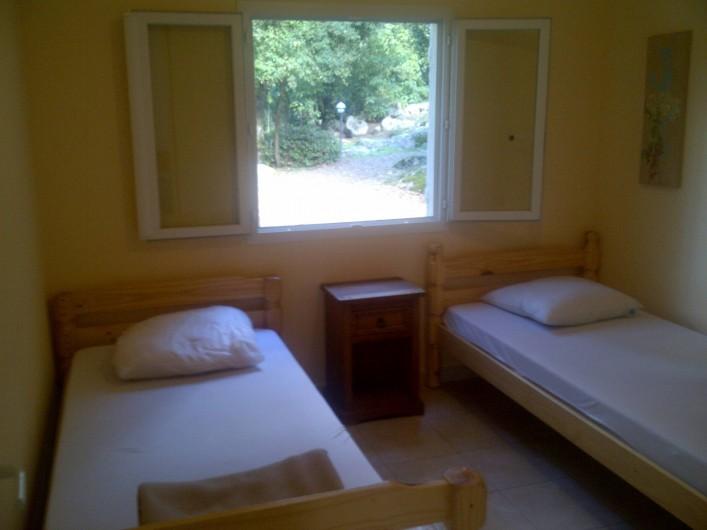 Location de vacances - Chalet à Petreto-Bicchisano - Chambre 2 St Fiurenzu