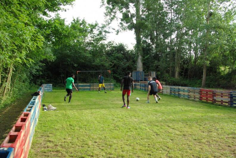 Location de vacances - Camping à Mézières-sous-Lavardin - Terrain de Foot