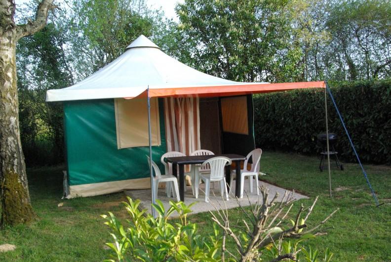 Location de vacances - Camping à Mézières-sous-Lavardin - Jacuzzi